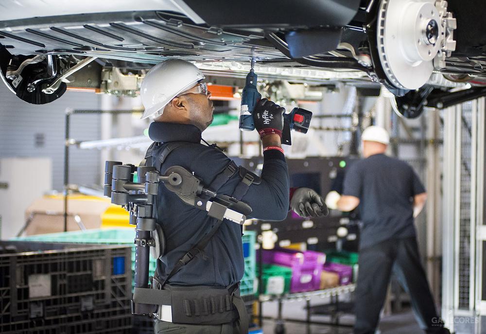 外骨骼不是梦!工业用辅助型手臂进入福特汽车生产线图片